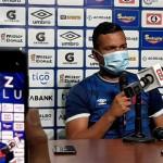 Henry Romero durante la conferencia de prensa que brindó hoy Alianza FC.