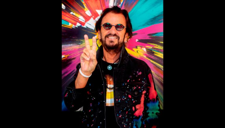Fotografía cedida por Beautiful Day Media & Management donde aparece el exbaterista de The Beatles, Ringo Starr, mientras posa en Estados Unidos. Foto: EFE/ Scott Robert Ritchie / Beautiful Day Media & Management