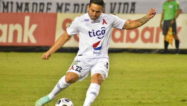 Fito Zelaya espera poder recuperarse para estar ante Águila. /Foto Alianza FC